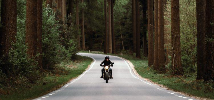 De ce motociclim